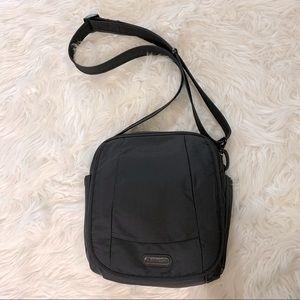 PACSAFE metrosafe travel should/crossbody bag RFID